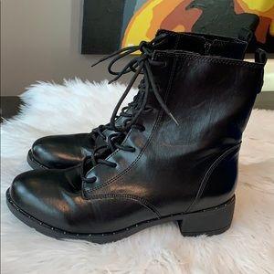 NWOT Bamboo Black Platform Vegan Leather Boots